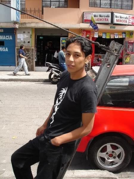 Dgo040584, Chico de Pichincha buscando pareja
