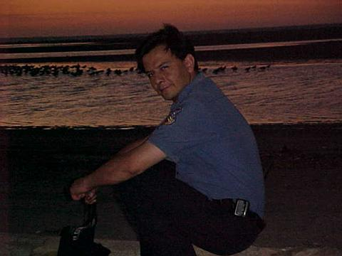 Donabombero, Hombre de San Angel buscando amigos