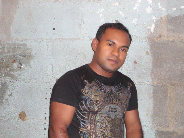 Donaldo21, Chico de Managua buscando pareja