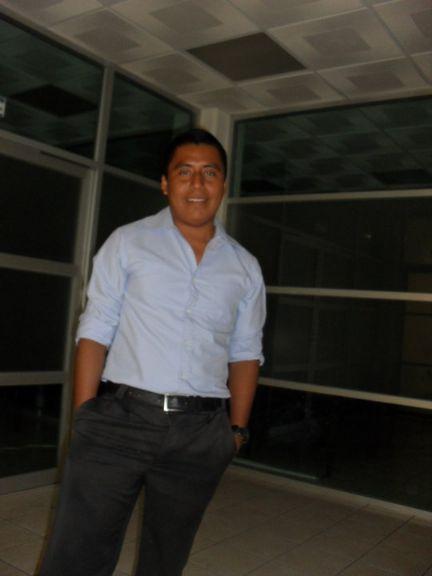 Edizon, Chico de Puebla de los Angeles buscando amigos
