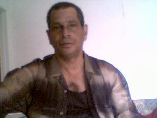 Elsuave, Hombre de Carol City buscando pareja