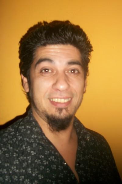 Ernestobair, Hombre de Almagro buscando una cita ciegas