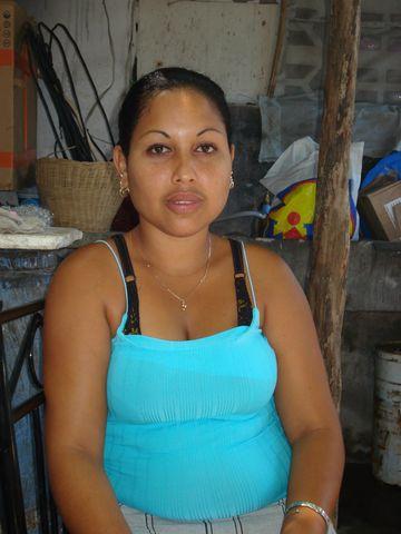 Flor30, Chica de Granma buscando pareja