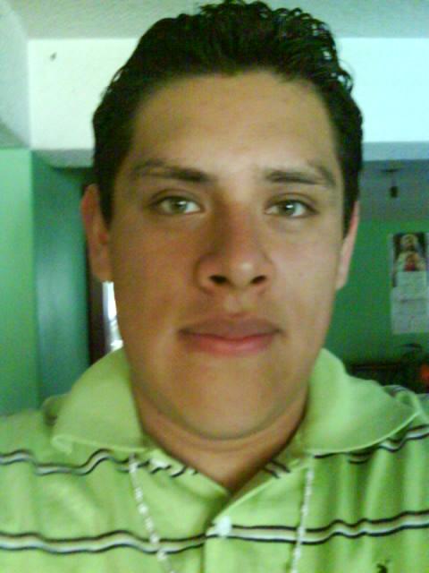 Hector20, Chico de Toluca de Lerdo buscando pareja