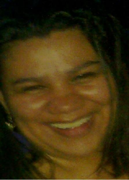 Julicita, Mujer de San José buscando pareja