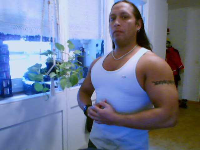 Latinblod, Hombre de Arucas buscando pareja