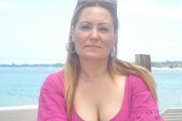 Lauriv44, Mujer de Panamá buscando amigos