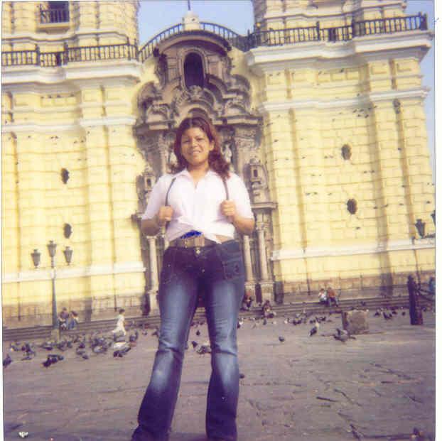 Leslita, Chica de San Juan buscando una relación seria