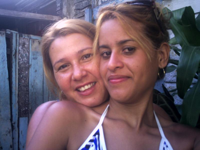 Lindalluvia, Chica de Reparto Santa Barbara buscando amigos
