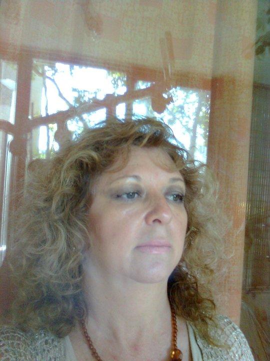 Lrayito, Mujer de Providencia buscando amigos