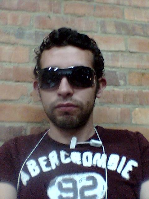Luis2106, Chico de Bogota buscando pareja