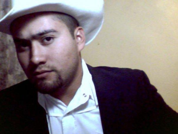 Markillos, Chico de Anahuac buscando conocer gente