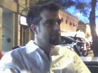 Nubboe, Chico de Sevilla buscando pareja