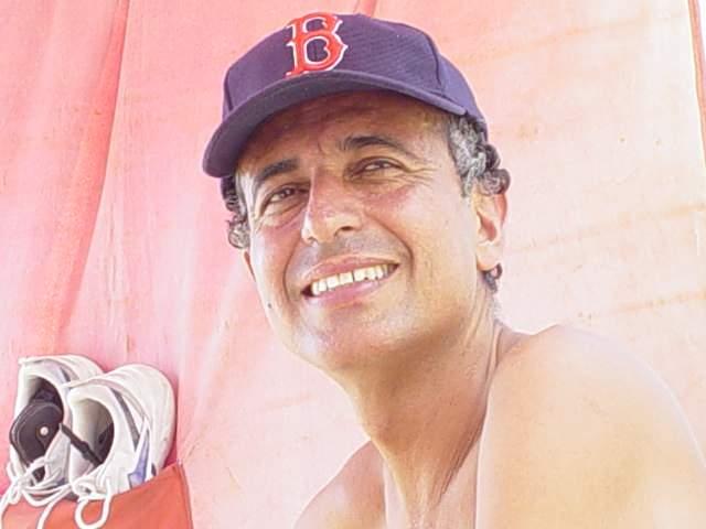 Paco3, Hombre de Barrio Pescadito buscando una cita ciegas