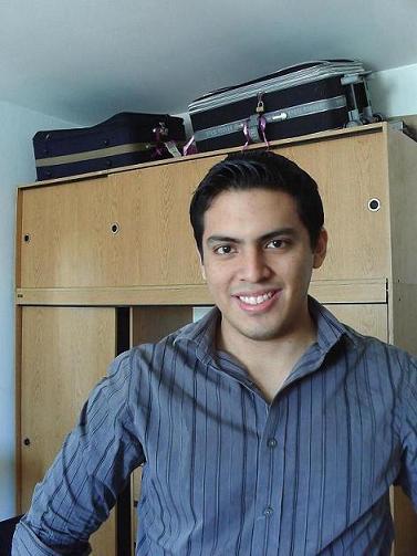 Peluchinchin, Chico de Congreso buscando conocer gente