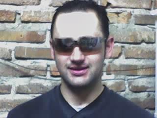 Polit, Hombre de Concordia buscando una cita ciegas