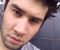 Queridojohn, Chico de Ramos Mejia buscando pareja