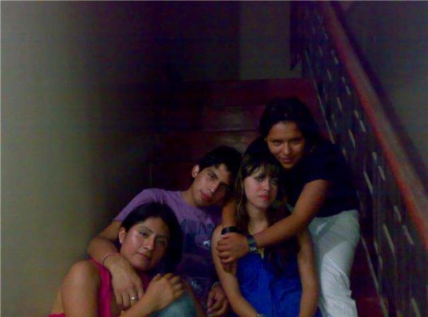 Rousperu, Chica de Lima buscando amigos