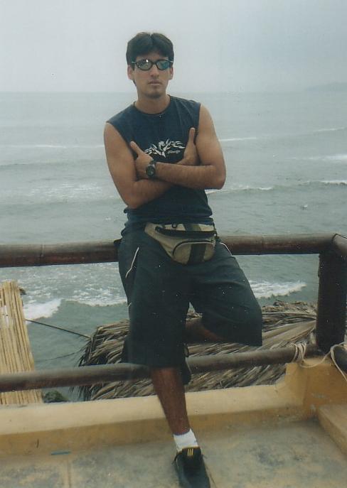 Scorpion10, Chico de La Molina buscando conocer gente