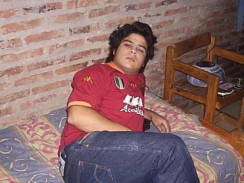Sherman, Chico de C. de Areco buscando amigos