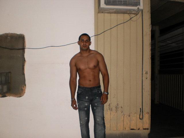 Titan12, Chico de Puerto Rico buscando amigos