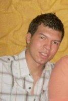 Topolliyo, Chico de Armenia buscando pareja